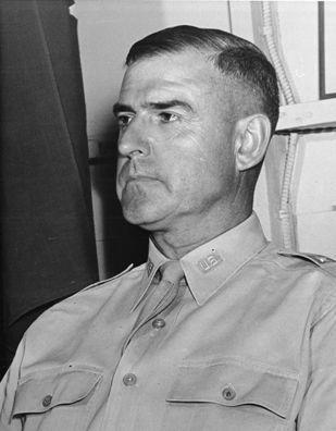 General_Roscoe_Woodruff_1942_c.jpg